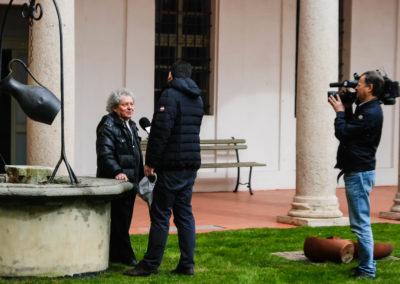 IL GIORNALISTA RAI ANDREA CAGLIERIS INTERVISTA DON ADRIANO GENNARI